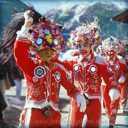 Carnevale tradizionale in Valle D'Aosta, foto Elena Piccini 2000 ©Fototeca Gilardi