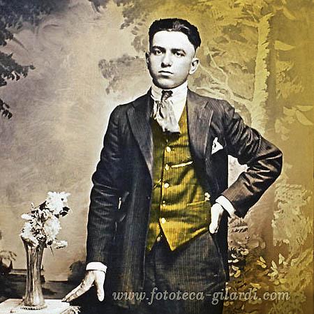 moda maschile del 1900, elaborazione ©Fototeca Gilardi