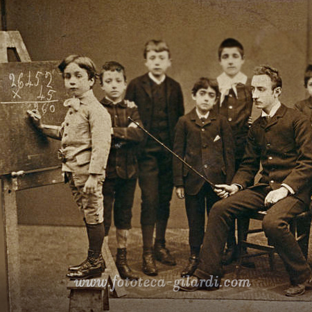scuola elementare, classe esemplare inizio 1900, elaborazione ©Fototeca Gilardi
